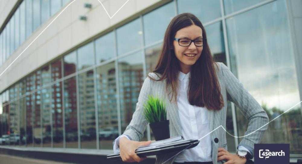 Como funciona a transição de carreira para funcionários da alta gerência?