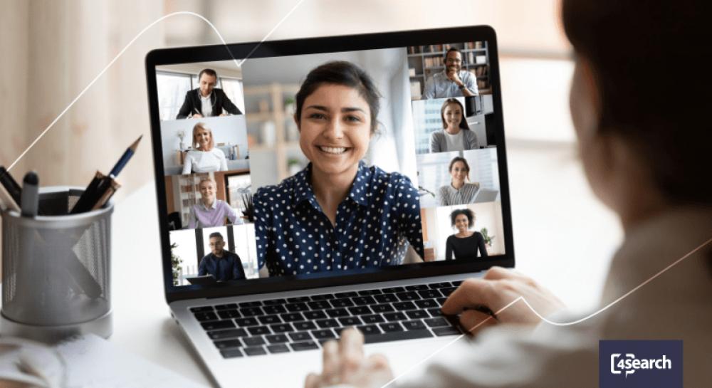 Como se destacar em uma entrevista em grupo online?