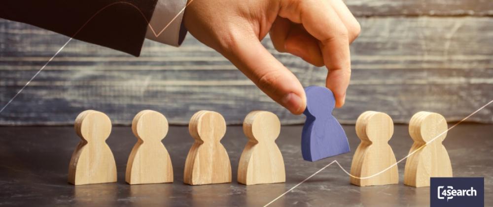 Qual a diferença entre Outplacement e demissão?