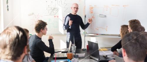 Como atrair e reter talentos em uma startup?